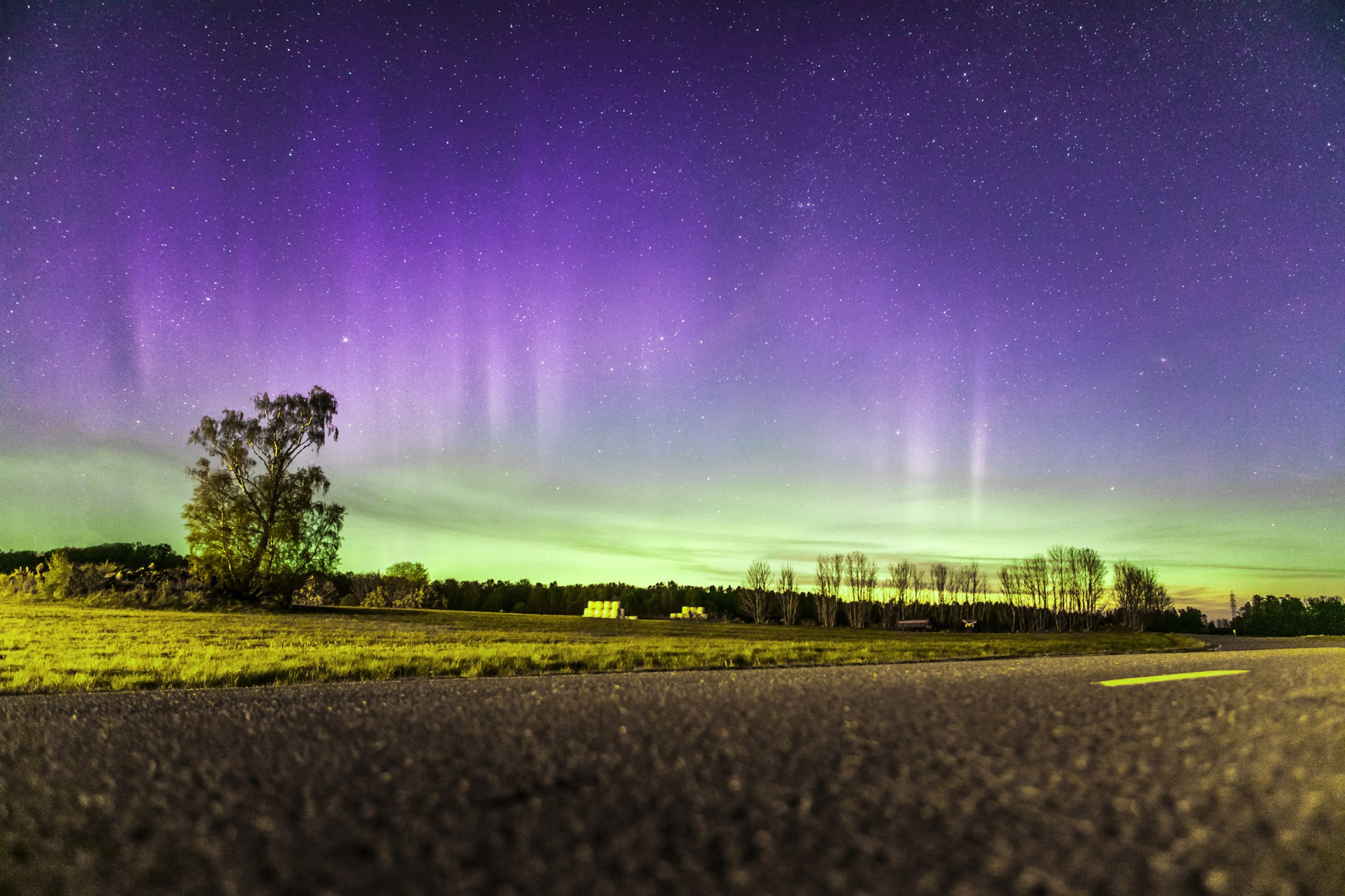 Northern Lights, Stöpen